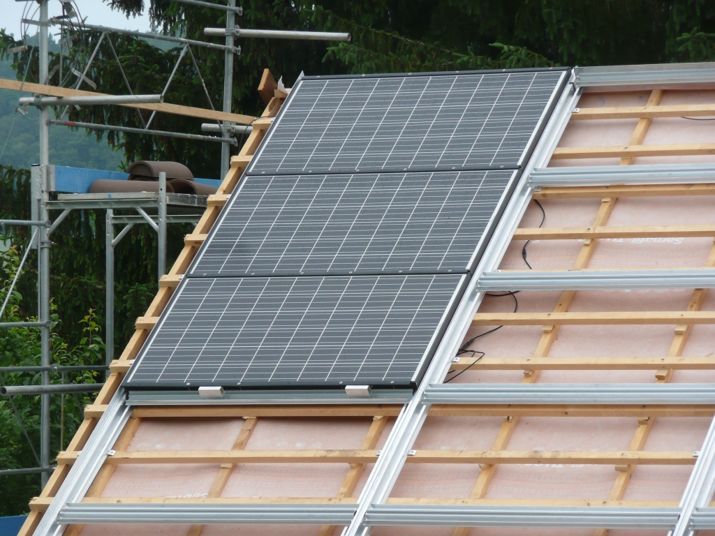 referenzen solar power team. Black Bedroom Furniture Sets. Home Design Ideas
